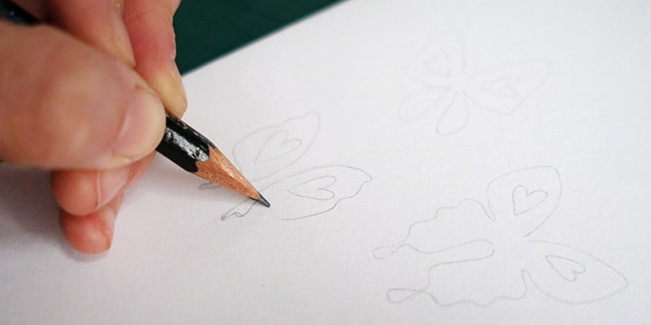 Draw your initial pattern in pencil