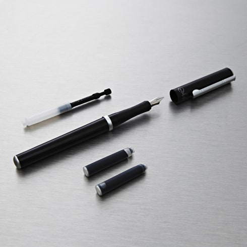 Manuscript italic calligraphy pen black calligraphy pens Drawing with calligraphy pens