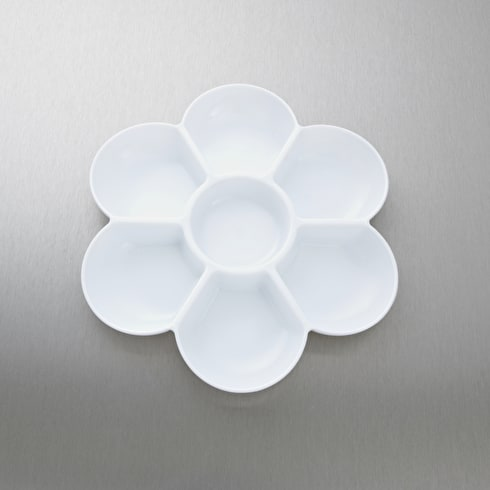 Jakar White Plastic Flower Shaped Palette White