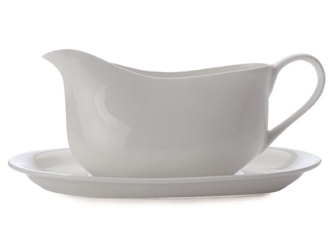 Maxwell & Williams Cashmere 550Ml Gravy Boat And Saucer Gift Boxed