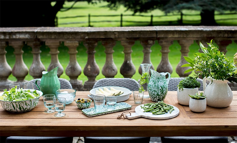 Summer dining with Garden Trading
