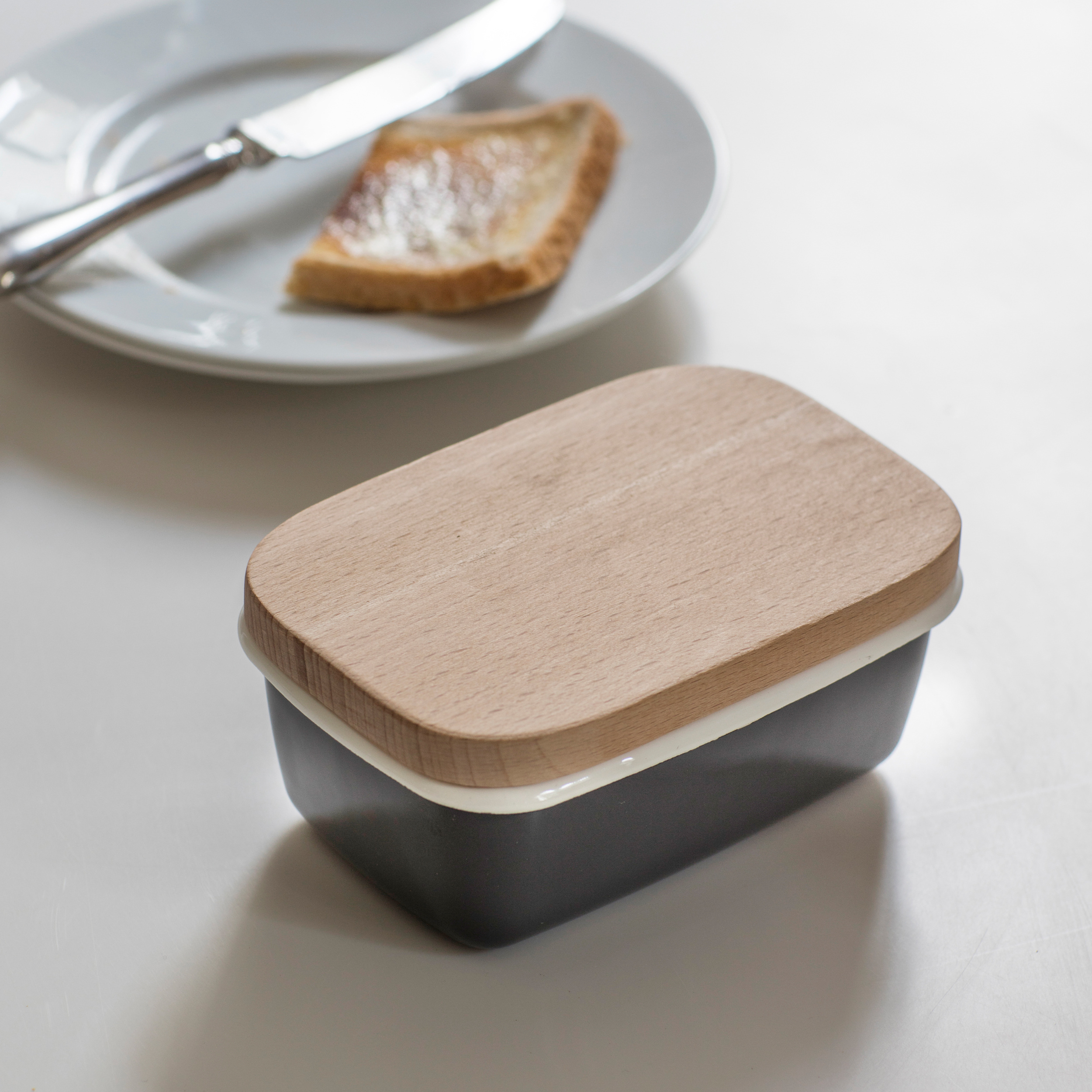Enamel and Wood Butter Dish in Grey or Blue   Garden Trading