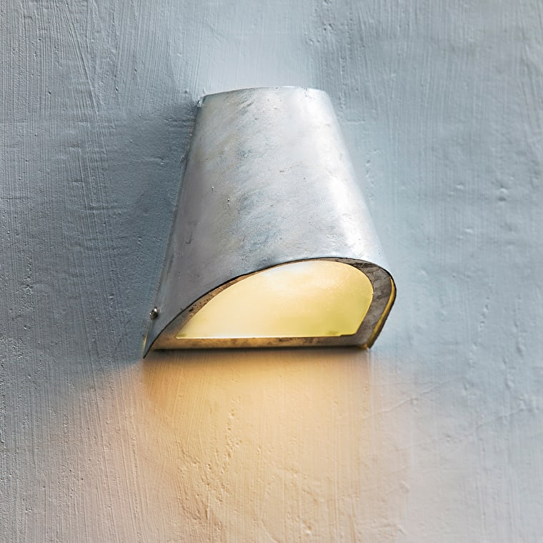 Hot Dipped Galvanised Steel St Ives Outdoor Funnel Light  | Garden Trading