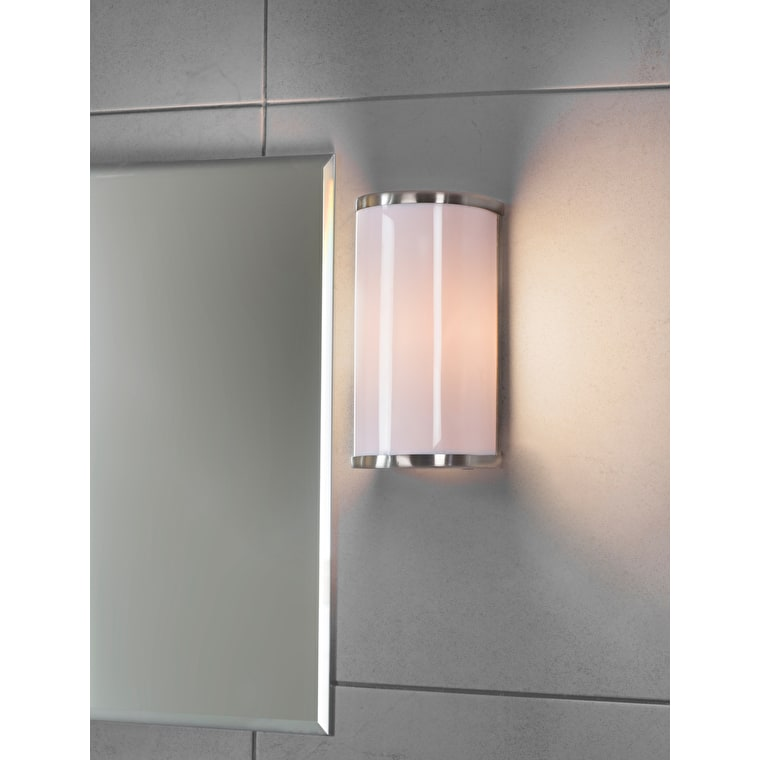 Wardour Bathroom Wall Light in Silver  | Garden Trading