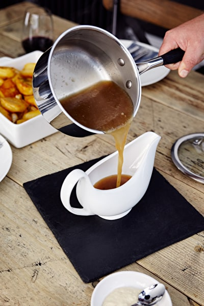 Roast to Perfection - Gravy Boat