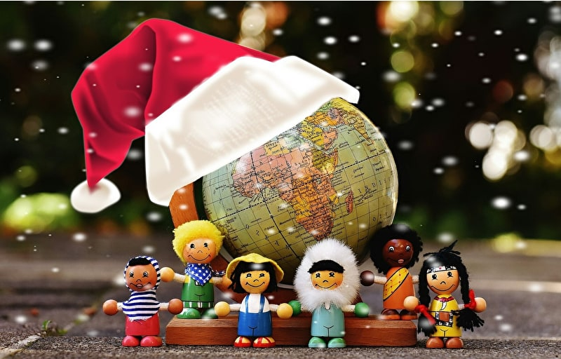 Come with us on a Christmas tour around the world