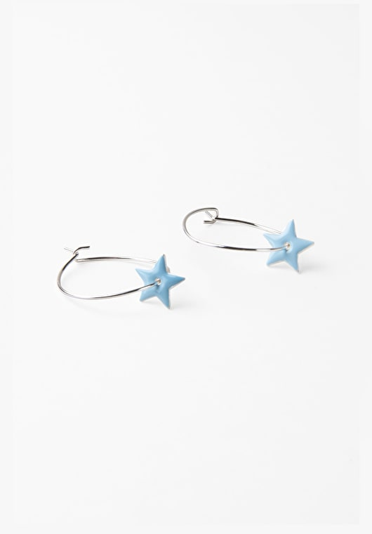 Beautiful hoop star earings in our stunning light blue and silver