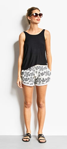 Celia Embroidered Shorts