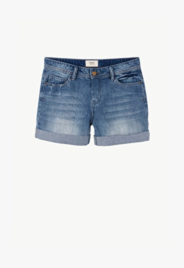 Classic relaxed denim shorts folded up at the hem