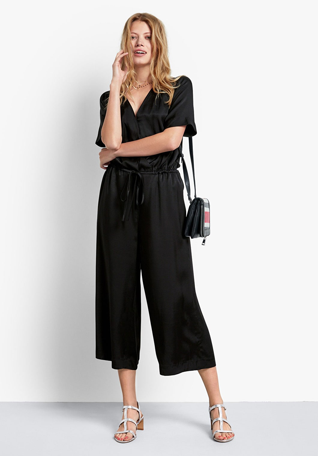 Carly Cropped Jumpsuit | hush