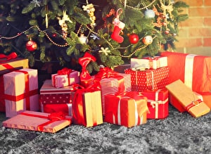 THE BIG DAY – presents, prosecco and too much food! | Beckie's Christmas survival guide, part 4
