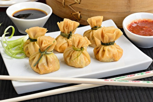 Oriental deep fried wontons filled with prawns and spring onion