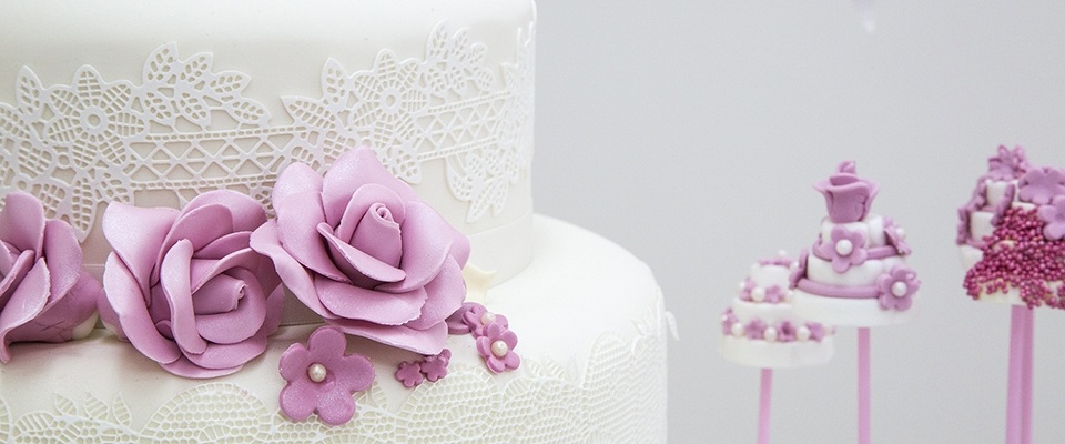 Create your own wedding cake