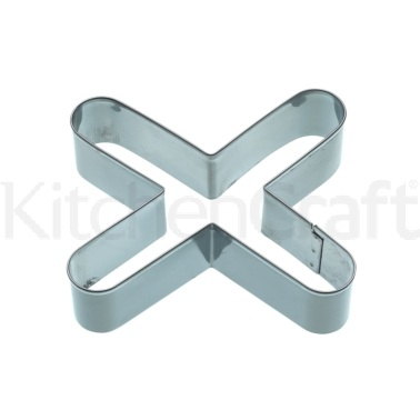 KitchenCraft 12cm Kiss Shaped Cookie Cutter