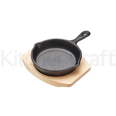 Artesà Cast Iron 11cm Mini Fry Pan with Board