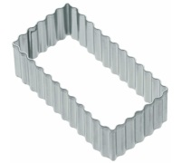 KitchenCraft 8cm Fluted Rectangular Cookie Cutter