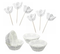 Sweetly Does It Silver Patterned Cupcake Kit