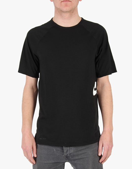 Nike SB Skyline DFC SS T-Shirt - Black (White)