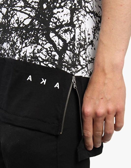 AKA Pag T-Shirt - Black