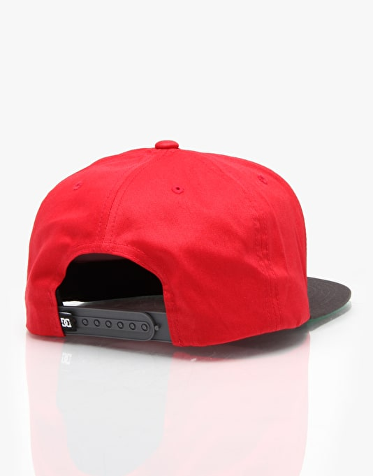 DC Snappy Snapback Cap - Red/Black