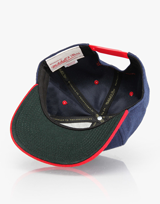 Mitchell & Ness Retro Melton Wool Snapback Cap - Navy/Red