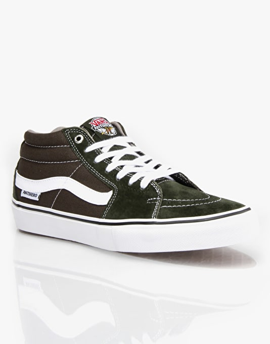 11c98b7541b Vans Sk8 Mid Pro Skate Shoes - (Anti Hero) Green Grosso