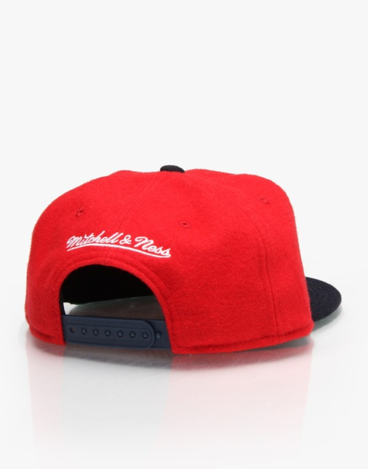 Mitchell & Ness NBA 76'ers Capolino Snapback Cap - Red/Navy