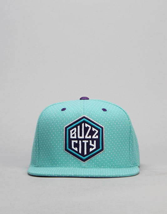 Mitchell & Ness NBA Charlotte Hornets Dotted Snapback Cap - Turquoise