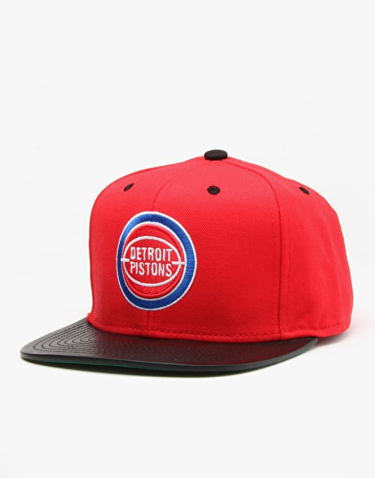 Mitchell & Ness NBA Detroit Pistons Colt Snapback Cap - Red/Black