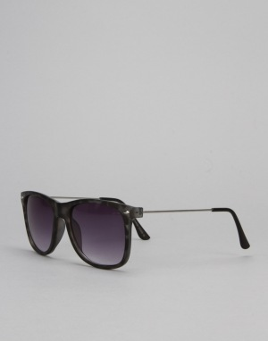 Route One Basics Wayfarer 2.0 Sunglasses - Black Tortoise