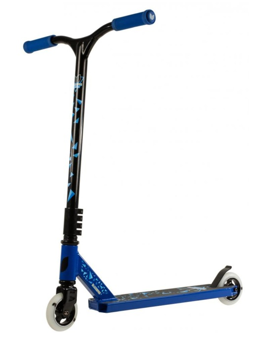 Blazer Pro Cyclone Scooter - Blue/Black