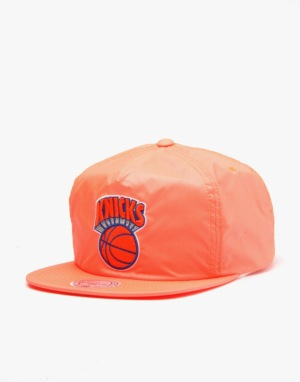 Mitchell & Ness NBA New York Knicks Neon Pinch Snapback Cap - Orange