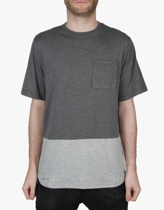 Nike SB Dri-FIT Pocket T-Shirt - Charcoal Heather/Dk Grey Heather