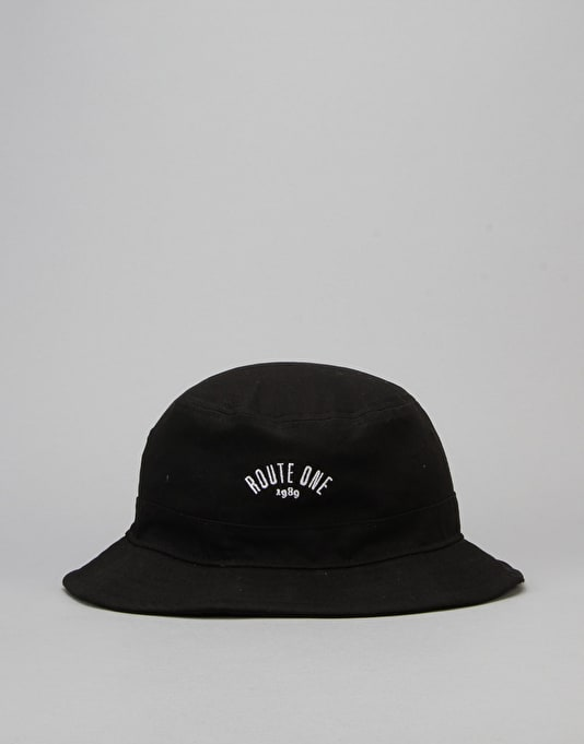 Route One Arch Logo Bucket Hat - Black