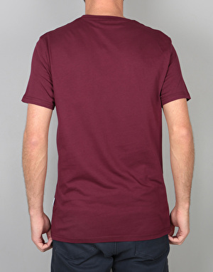 Nicce Chest Logo T-Shirt - Burgundy