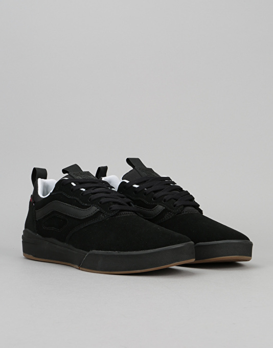 Vans UltraRange Pro Skate Shoes - (Thrasher) Black/Gum
