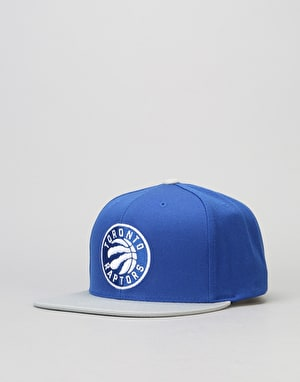 Mitchell & Ness NBA Toronto Raptors Current Throwback Snapback Cap