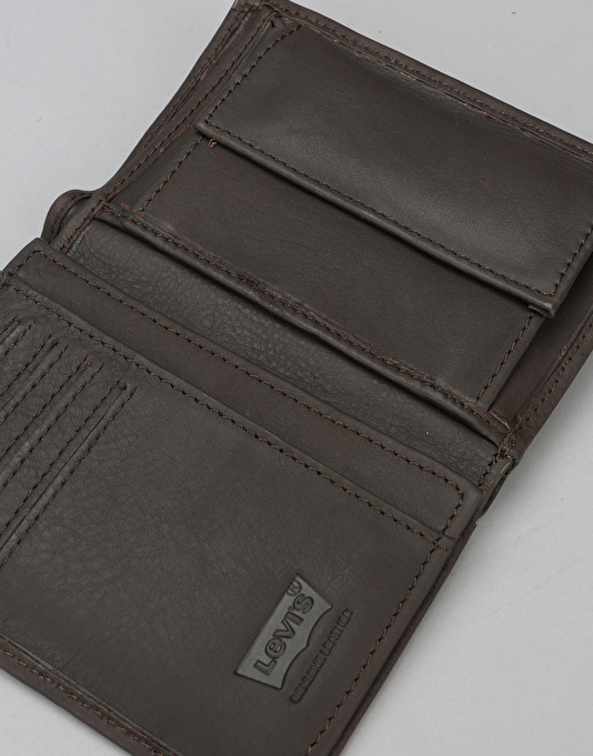 Levis Vintage Two Horse Vertical Leather Coin Wallet - Dark Brown