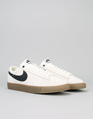 Nike SB Blazer Low GT Skate Shoes - Ivory/Black-Gum-Light Brown