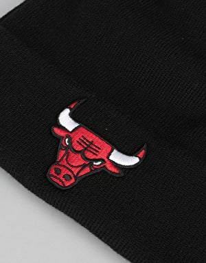 New Era NBA Chicago Bulls Team Essential Cuff Beanie - Black