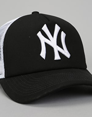 New Era MLB New York Yankees Clean A Frame Trucker Cap - Black/White