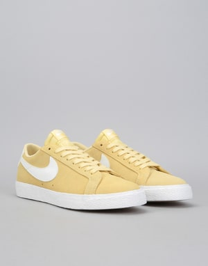 Nike SB Zoom Blazer Low Skate Shoes - Lemon Wash/Summit White