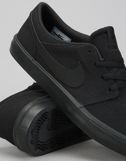 Nike SB Solarsoft Portmore II Skate Shoes - Black/Black