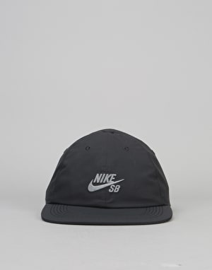 Nike SB Waterproof Snapback Cap - Black/Black/Cool Grey