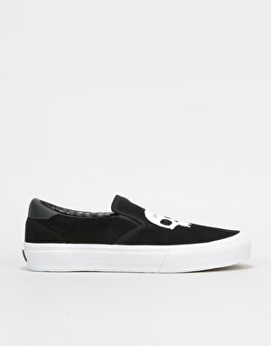 Straye x Zero Venture Slip-On Skate Shoes - Black Suede