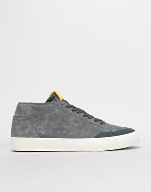 Nike SB Zoom Blazer Chukka XT Skate Shoes - Anthracite/Anthracite-Fir