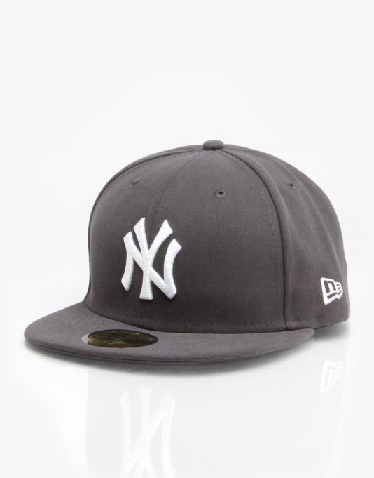 New Era MLB NY Yankees Basics Fitted Cap