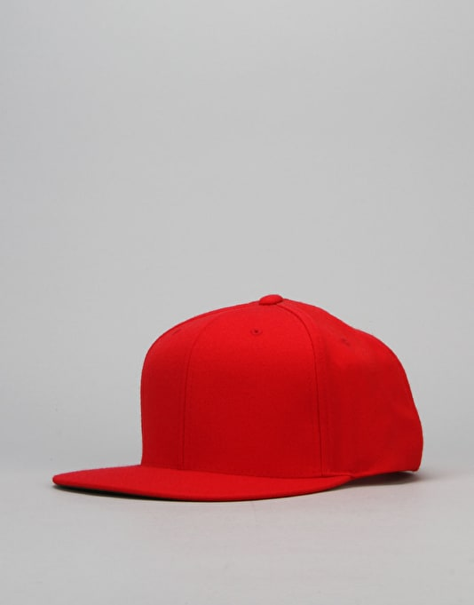 R1 Basics Snapback Cap - Red