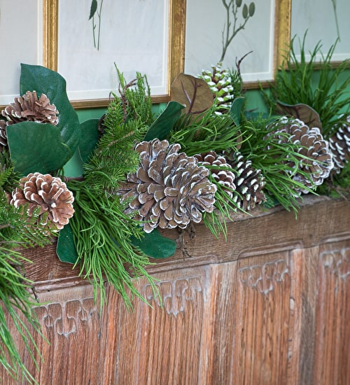 North Ridge Pine and Magnolia Leaf Garland
