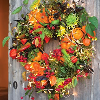 Christmas Flowers, Wreaths and Decorations at Admington Hall